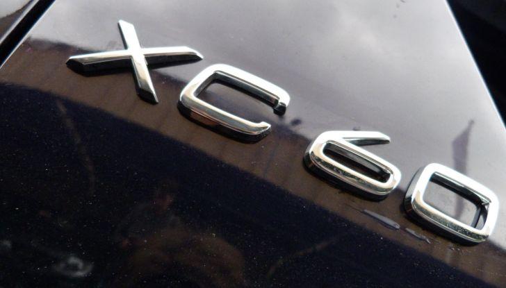 volvo XC60 prova su strada