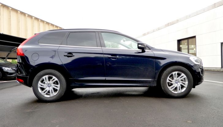 volvo xc60 laterale