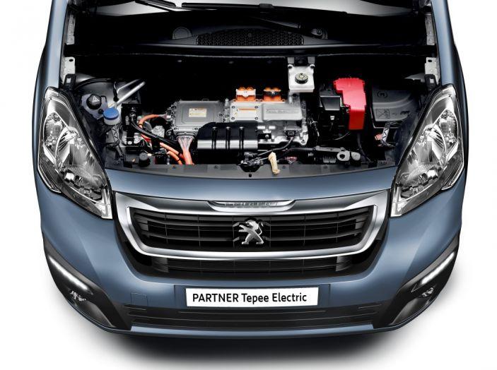Nuovo Peugeot Partner Tepee Electric: In città senza far rumore - Foto 3 di 17