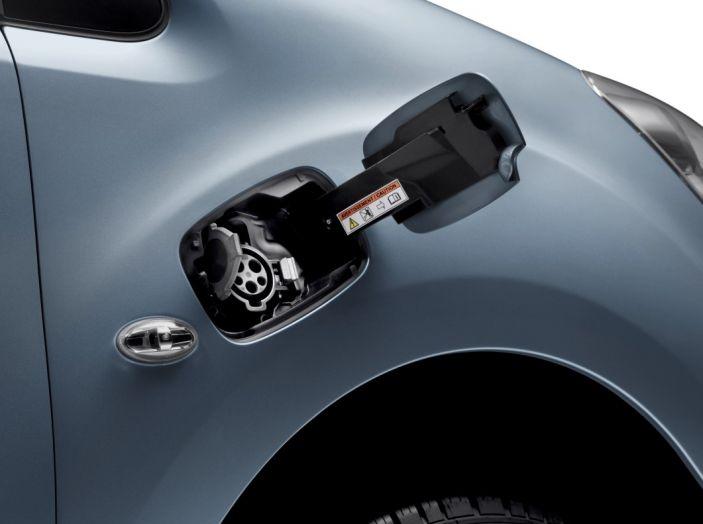 Nuovo Peugeot Partner Tepee Electric: In città senza far rumore - Foto 14 di 17
