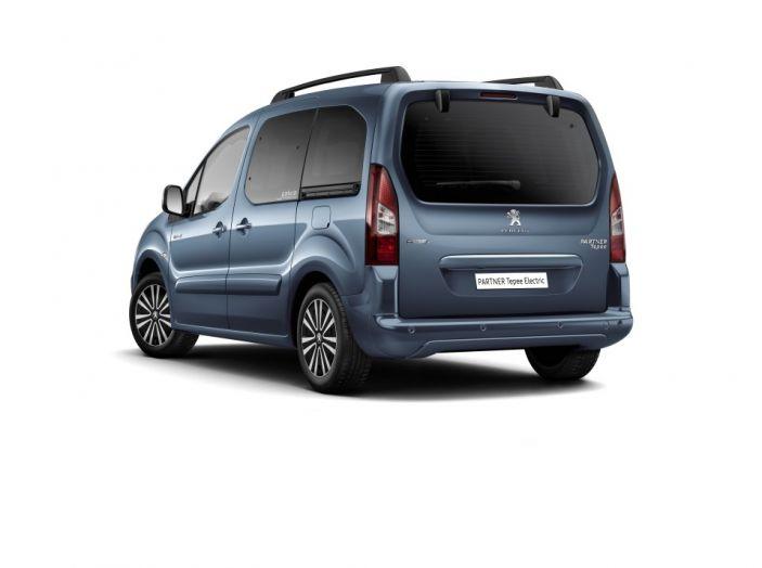Nuovo Peugeot Partner Tepee Electric: In città senza far rumore - Foto 16 di 17