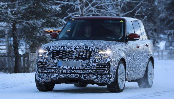 Range Rover Facelift, prime immagini spia del MY2018 - Foto 12 di 18