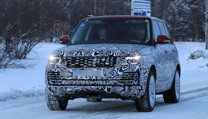Range Rover Facelift, prime immagini spia del MY2018 - Foto 5 di 18