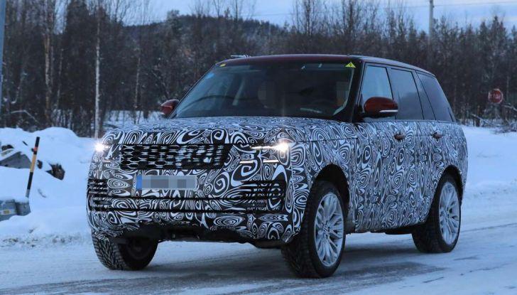 Range Rover Facelift, prime immagini spia del MY2018 - Foto 6 di 18