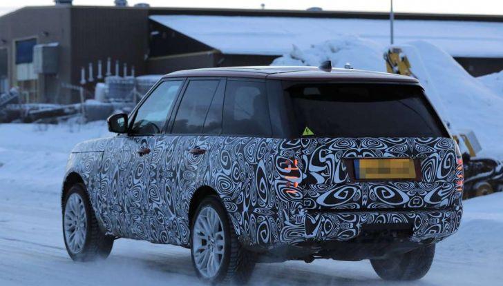 Range Rover Facelift, prime immagini spia del MY2018 - Foto 8 di 18
