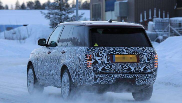 Range Rover Facelift, prime immagini spia del MY2018 - Foto 9 di 18