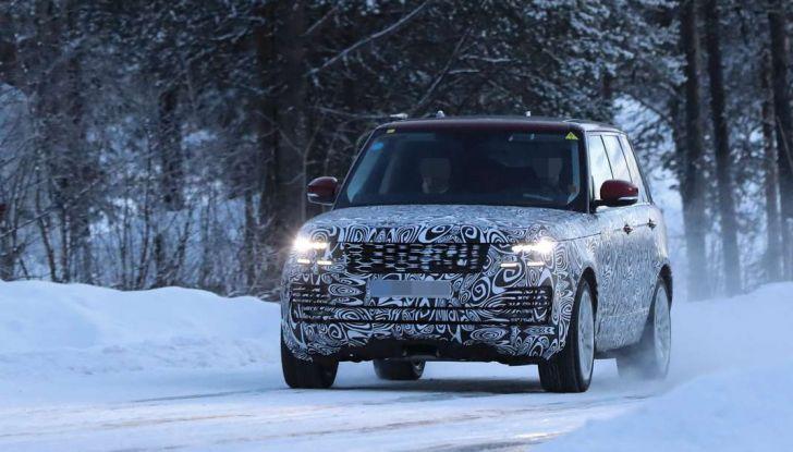 Range Rover Facelift, prime immagini spia del MY2018 - Foto 10 di 18