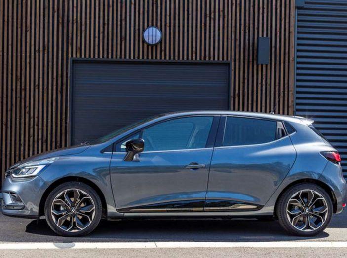 Renault Clio Turbo GPL vista laterale sinistra.