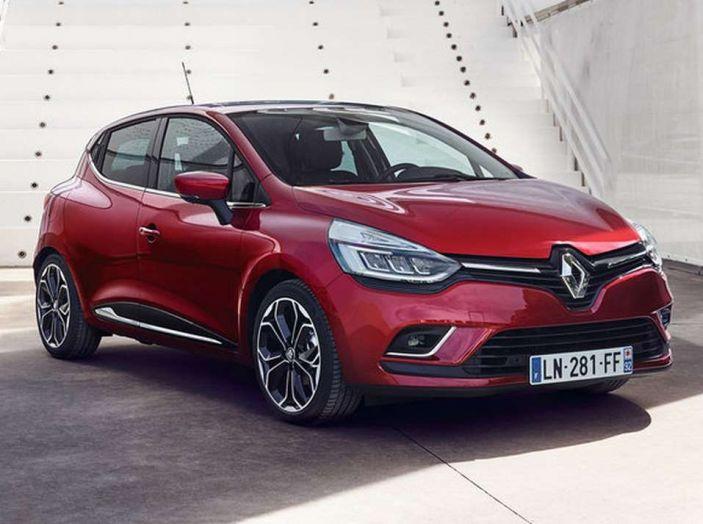 Renault Clio Turbo GPL vista 3/4 frontale destra.