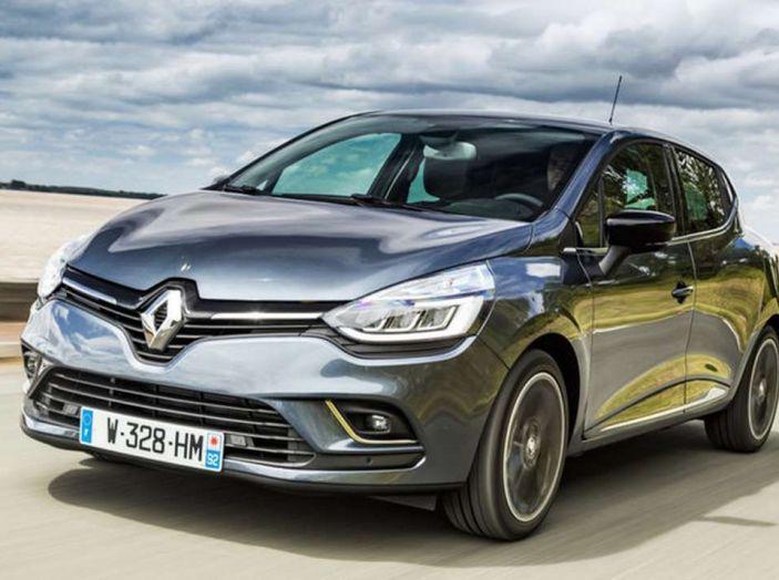 Renault Clio Turbo GPL vista 3/4 frontale sinistra.