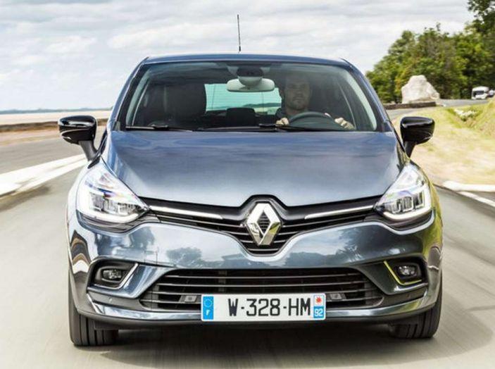 Renault Clio Turbo GPL vista anteriore.