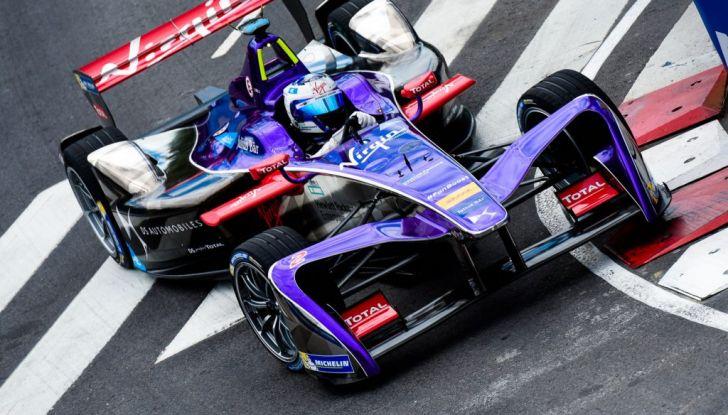 Formula E Buenos Aires, Gara: López risale la griglia fino alla zona punti - Foto 2 di 5