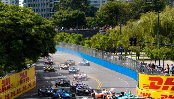 Formula E Buenos Aires, Gara: López risale la griglia fino alla zona punti - Foto 4 di 5