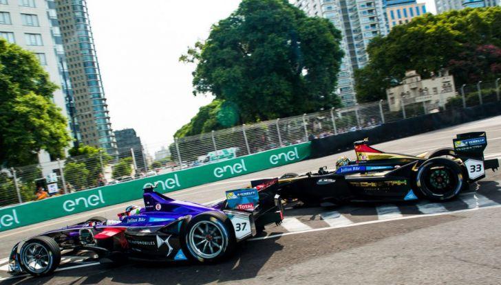 Formula E Buenos Aires, Gara: López risale la griglia fino alla zona punti - Foto 5 di 5