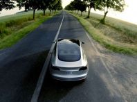 Tesla Model 3 da record: da New York a Los Angeles con 100 dollari