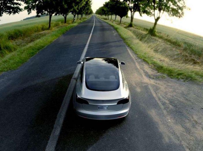 Tesla 3 produzione