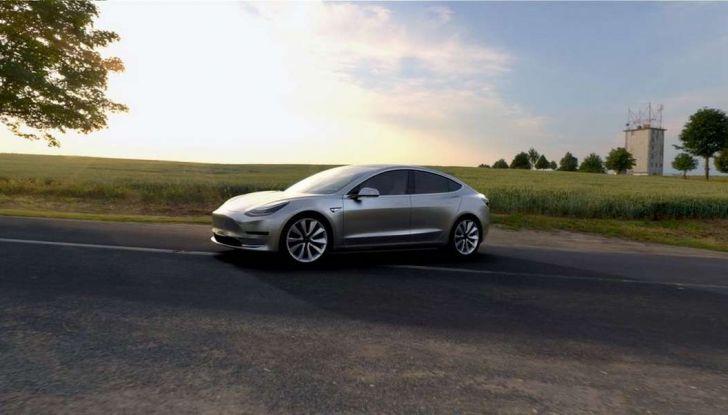 Model 3 Tesla produzione