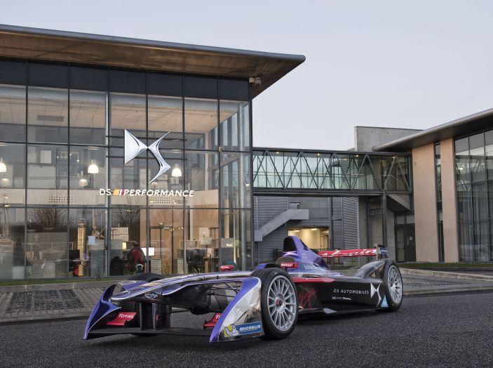 Dalla stagione 2018/2019 DS Automobiles costruttore ufficiale di Formula E. - Foto 1 di 1