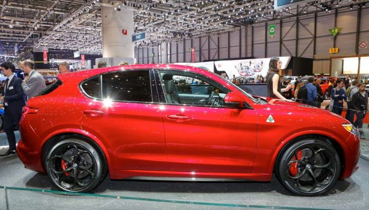 Nuovo Alfa Romeo Stelvio: dati, foto e caratteristiche del SUV di Arese - Foto 4 di 25
