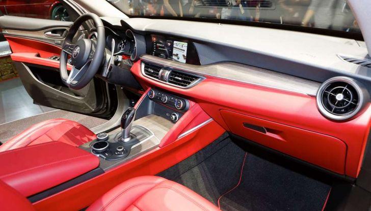 Nuovo Alfa Romeo Stelvio: dati, foto e caratteristiche del SUV di Arese - Foto 7 di 25