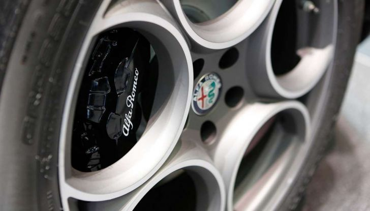 Nuovo Alfa Romeo Stelvio: dati, foto e caratteristiche del SUV di Arese - Foto 8 di 25
