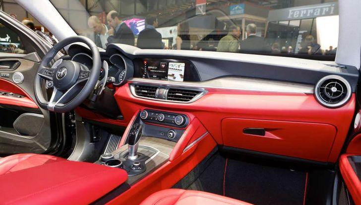 Nuovo Alfa Romeo Stelvio: dati, foto e caratteristiche del SUV di Arese - Foto 9 di 25