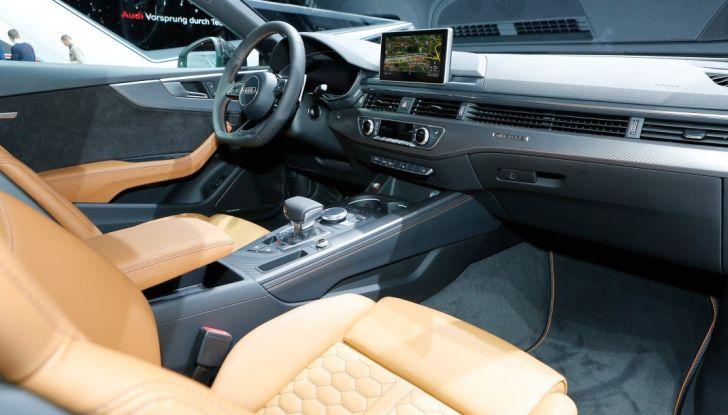 Audi RS5 Coupé: tagliata col bisturi - Foto 26 di 30