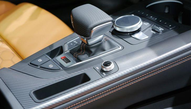 Audi RS5 Coupé: tagliata col bisturi - Foto 27 di 30