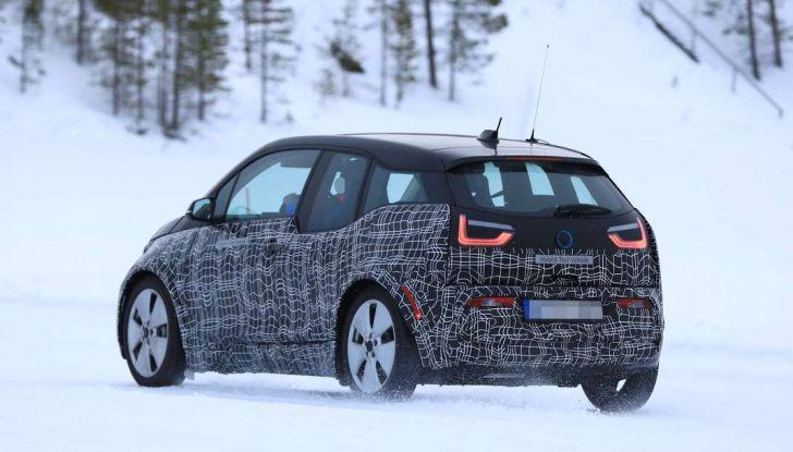 BMW i3 Facelift 2018, immagini spia e primi dettagli - Foto 10 di 10