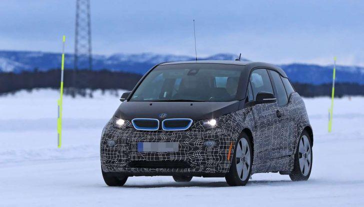 BMW i3 Facelift 2018, immagini spia e primi dettagli - Foto 5 di 10