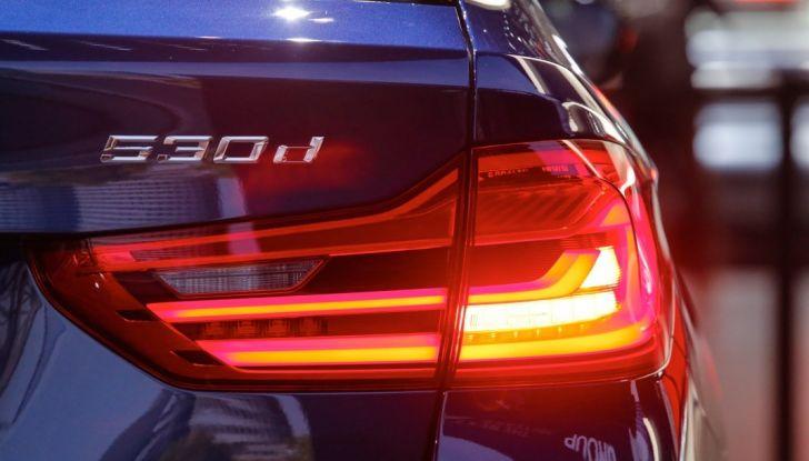 BMW Serie 5 Touring motorizzazioni, allestimenti e informazioni - Foto 14 di 25