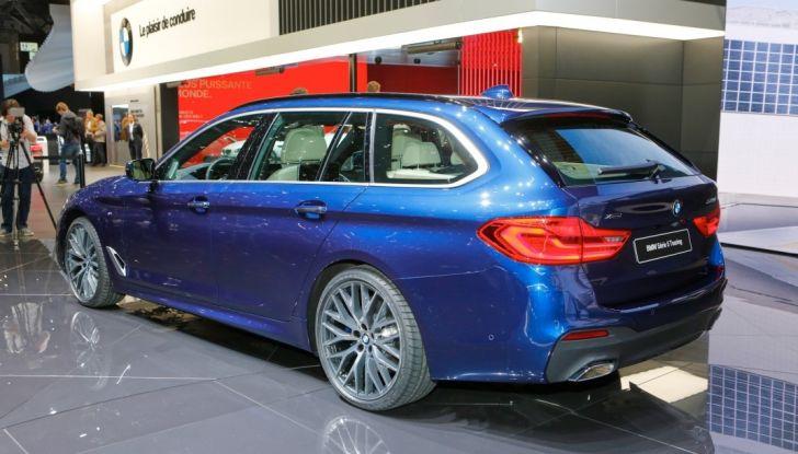 BMW Serie 5 Touring motorizzazioni, allestimenti e informazioni - Foto 20 di 25