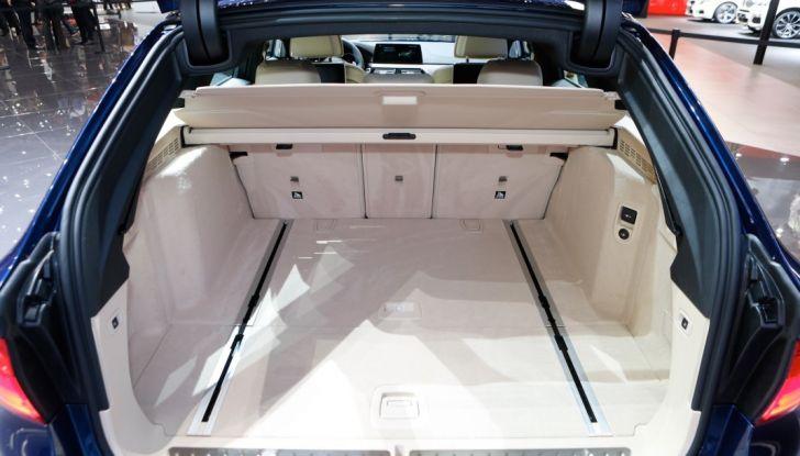 BMW Serie 5 Touring motorizzazioni, allestimenti e informazioni - Foto 22 di 25