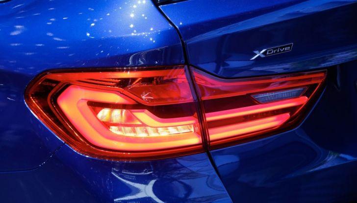 BMW Serie 5 Touring motorizzazioni, allestimenti e informazioni - Foto 15 di 25