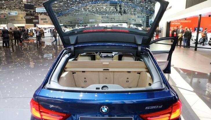 BMW Serie 5 Touring motorizzazioni, allestimenti e informazioni - Foto 9 di 25
