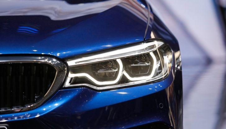 BMW Serie 5 Touring motorizzazioni, allestimenti e informazioni - Foto 6 di 25