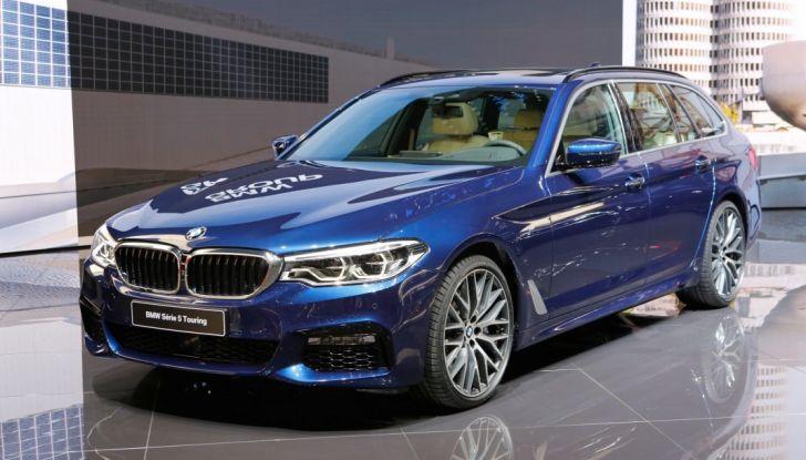 BMW Serie 5 Touring motorizzazioni, allestimenti e informazioni - Foto 3 di 25