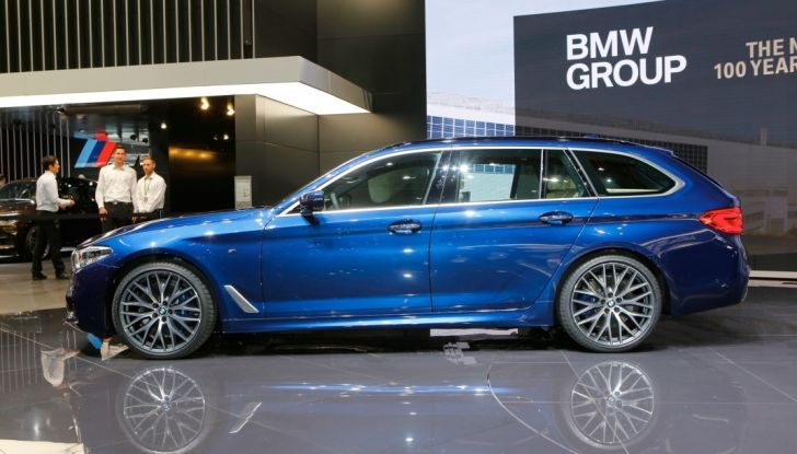 BMW Serie 5 Touring motorizzazioni, allestimenti e informazioni - Foto 19 di 25