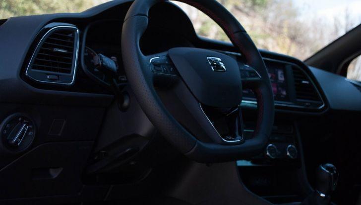 Nuova Seat Leon TGI a Metano 2019: più autonomia e prezzi da 24.415€ - Foto 7 di 32