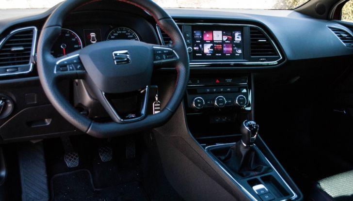 Nuova Seat Leon TGI a Metano 2019: più autonomia e prezzi da 24.415€ - Foto 9 di 32