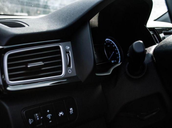 Kia Niro: la nostra prova del primo Crossover ibrido - Foto 12 di 34