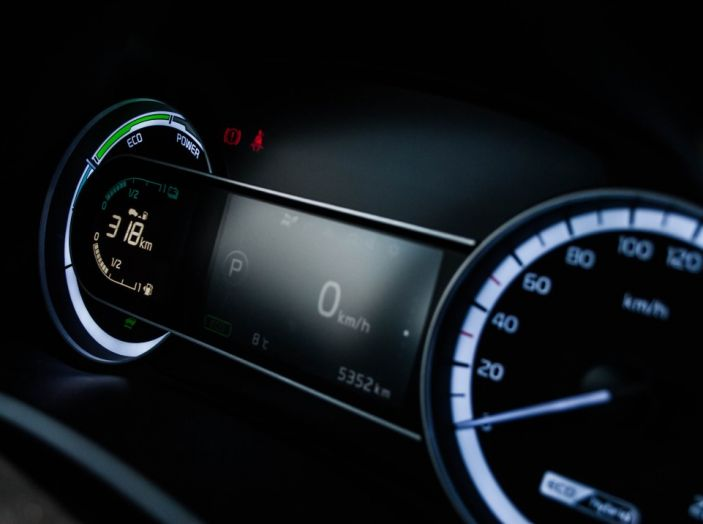 Kia Niro: la nostra prova del primo Crossover ibrido - Foto 16 di 34