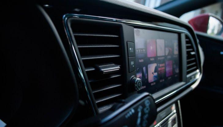 Nuova Seat Leon TGI a Metano 2019: più autonomia e prezzi da 24.415€ - Foto 18 di 32