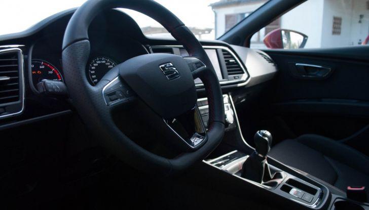 Nuova Seat Leon TGI a Metano 2019: più autonomia e prezzi da 24.415€ - Foto 19 di 32