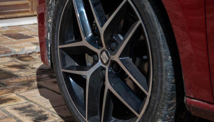 Nuova Seat Leon TGI a Metano 2019: più autonomia e prezzi da 24.415€ - Foto 22 di 32