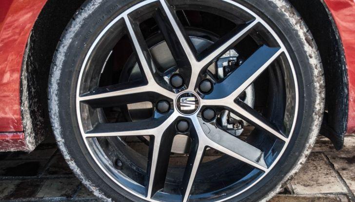 Nuova Seat Leon TGI a Metano 2019: più autonomia e prezzi da 24.415€ - Foto 8 di 32