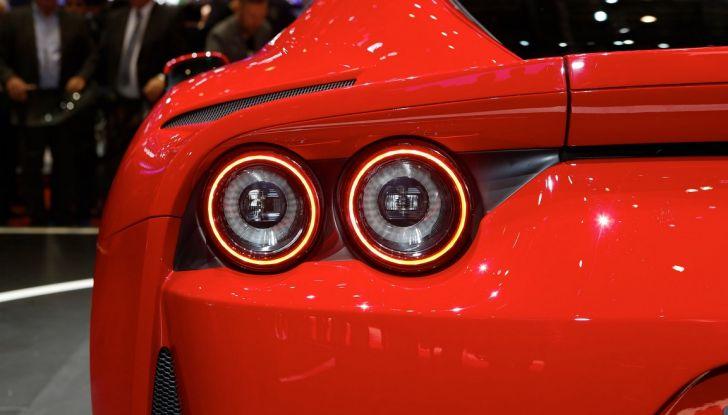 Ferrari 812 Superfast: la berlinetta V12 da 800CV - Foto 15 di 22
