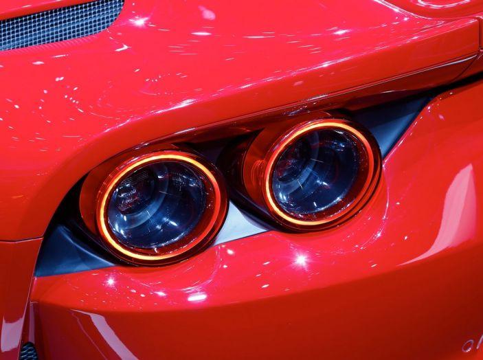 Ferrari 812 Superfast: la berlinetta V12 da 800CV - Foto 2 di 22