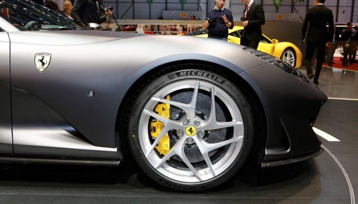 Ferrari 812 Superfast: la berlinetta V12 da 800CV - Foto 20 di 22