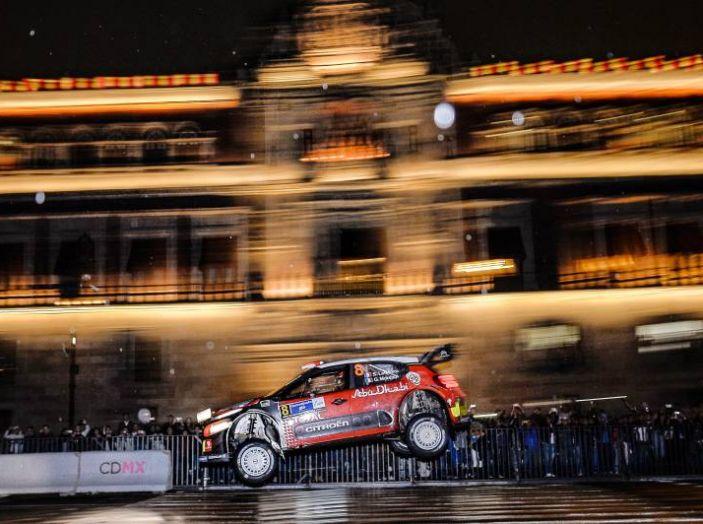Le CITROËN C3 WRC infiammano Città del Messico - Foto 4 di 5